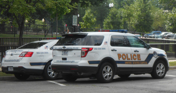 """""""US Capitol Police"""" by Corde11 is licensed under CC BY-NC-SA 2.0"""