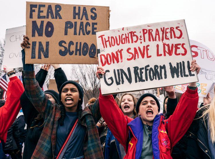 Students protest gun violence in school.